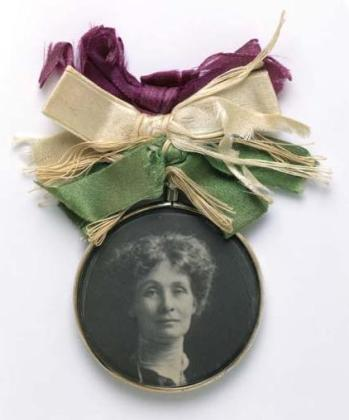 Portrait_Badge_of_Emmeline_Pankhurst_-_c1909_-_Museum_of_London