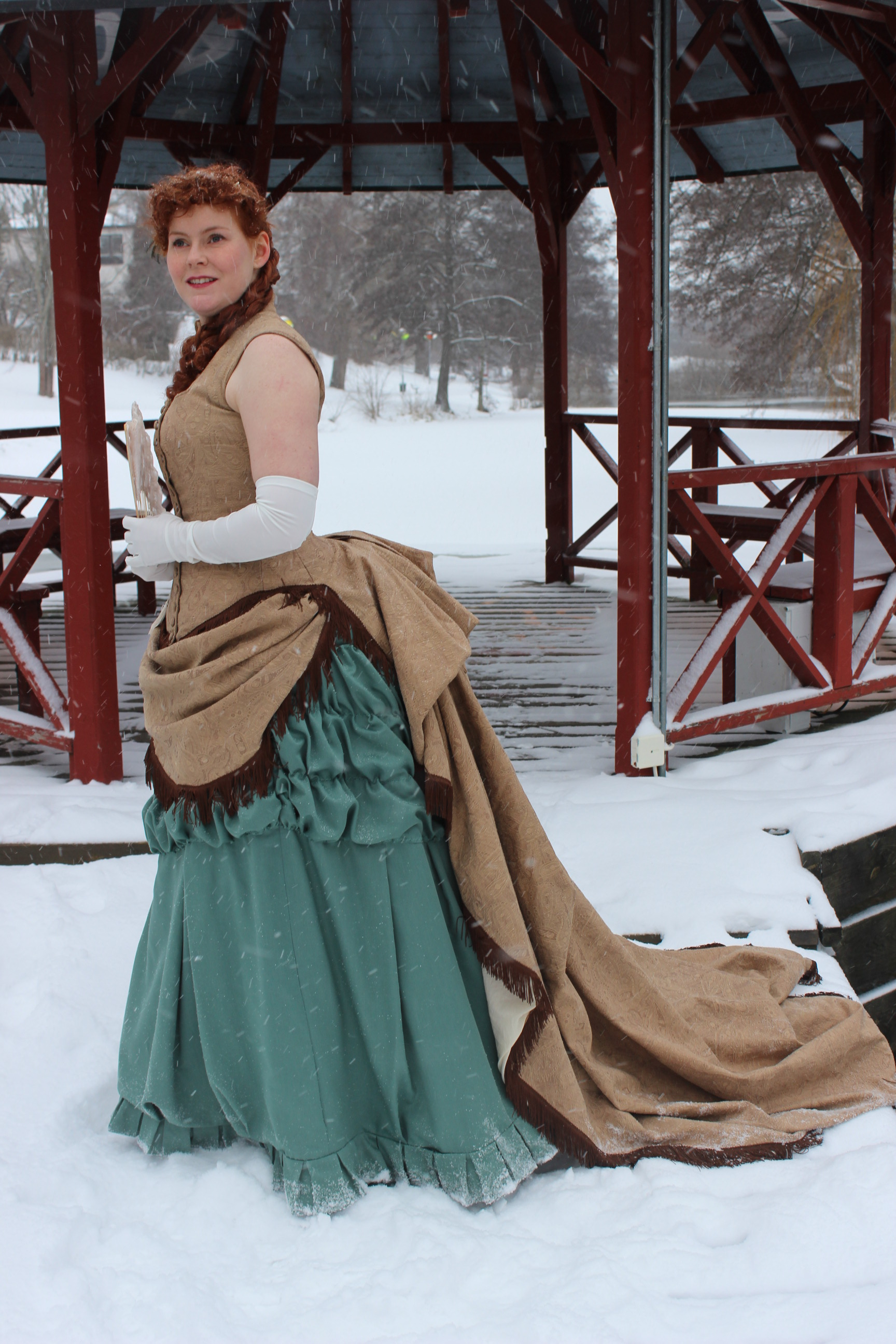 Fashion Through The Decades: 1880s Evening Gown