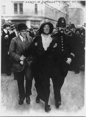 Suffragettes - London - Arrest of Suffragette - Oct. 1913