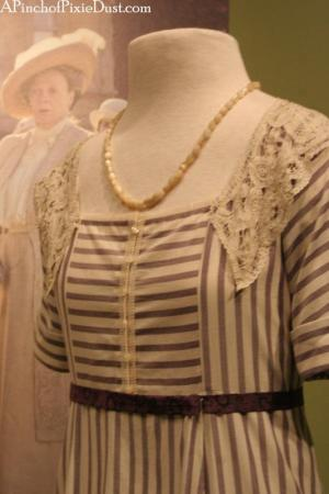 downton_abbey_mary_dress_season_one